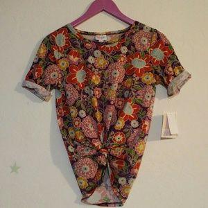 Lularoe Gigi florals t shirt